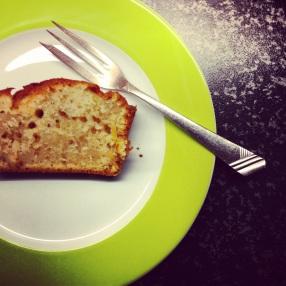 Orange-Cardamon-Yogurt Cake