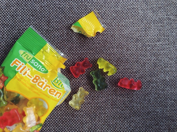 Review: Fructose free, gluten free fruit gum bears by Frusano // Fructosearme, gluten-freie Gummibärchen von Frusano // by Fructopia